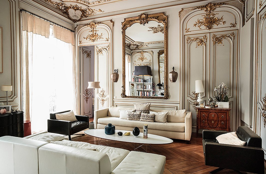 Parisian Bedroom.  The Secrets of French Decorating the Most Beautiful Paris Homes